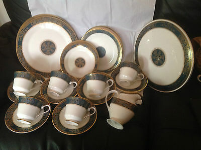Royal Doulton Carlyle H5018  For Six People Part Dinner Set