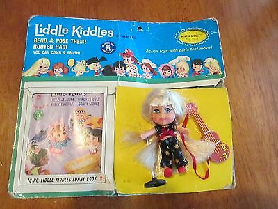 Rare Liddle Kiddles Beat A Diddle Doll Set Red Shoes Guitar  Microphone Stand