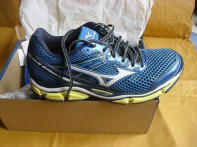 Chaussures MIZUNO WAVE ENIGMA 5 Hommes - Taille EUR 42.5 - equivalent Nike 43