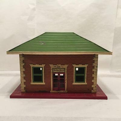 Lionel 122  Illuminated Railroad Station  1920-1931   All Metal