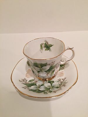 ROYAL ADDERLEY CUP and SAUCER Canadian Provincial Flowers-TRILLIUM #1444