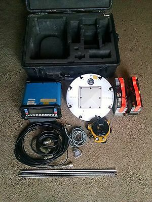 Ashtech Inc. Surveying GPS Receiver XII with Case & Antenna & Mount & Cables