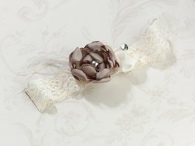 Lillian Rose Wedding Bride Vintage Lace Garter Ivory & Taupe LG195T