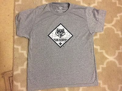 Boy Scouts Of America Authentic Cub Scout T Shirt Small Gray EUC