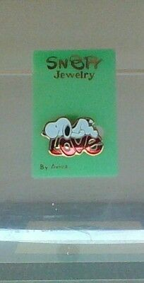 Vintage Peanuts Snoopy Jewelry Snoopy Love Aviva Pin Mint Original Tag