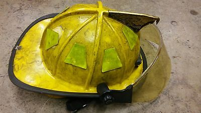 Traditional Style Fire Fighter Helmet Cairns  1044