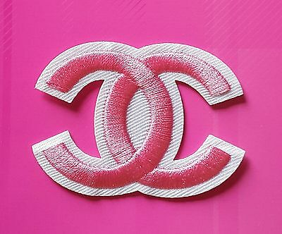 Ecusson / Patch / Thermocollant / Coco Chanel Rose / Taille 6 X 4,5 Cm