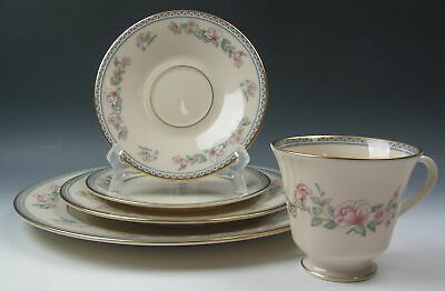Lenox China SERENADE 5 Piece Place Setting(s) EXCELLENT