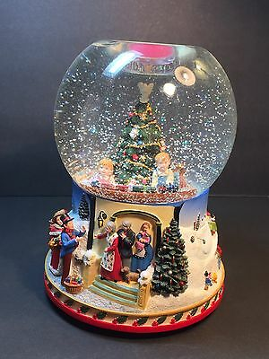 Partylite Christmas Morning Holiday Tealight Snow Globe Music Box P7655