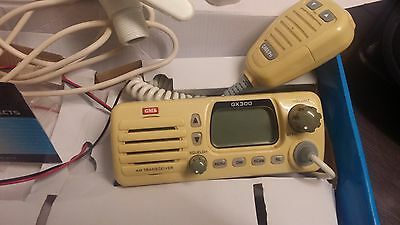 GME GX300 27MHz CB/Marine Radio - White + ABL014 Base Assembly Only
