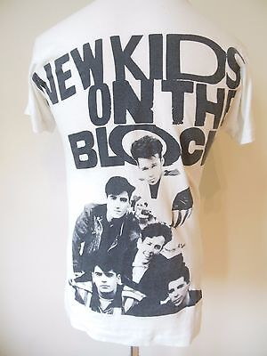 New Kids On The Block 1990 Vintage T Shirt - Small