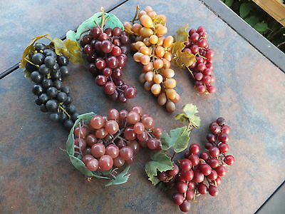6 Bunch Lifelike Artificial Plastic Rubber Decorative Fruit Grapes Red Concord