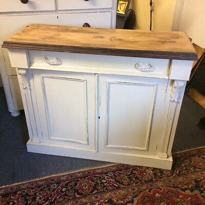 Antique Painted 2 door Chiffonier / Sideboard FREE DELIVERY BEDS HERTS And BUCKS