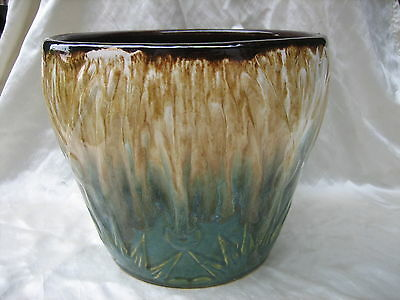 RRP Co Roseville Ohio Large Jardiniere in Sun and Moon Pattern Blended Glaze