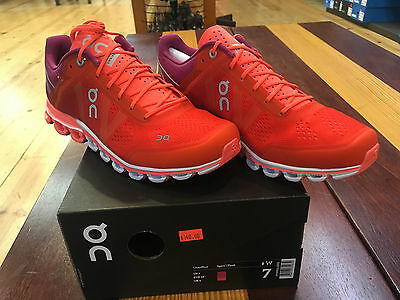 On Cloudflow Running Shoes Womens Spice/Flash