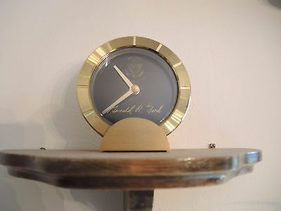Clock Presidential Seal Signature White House Collectible