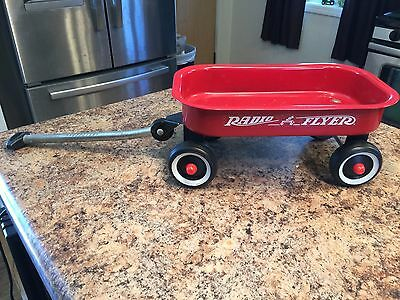 Toy Red Wagon Radio Flyer