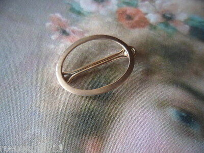 VINTAGE ANTIQUE 9 ct OLD BABY HAIR CLIP PIN 9CT GOLD SUIT TO DRESS DOLL OR BEAR