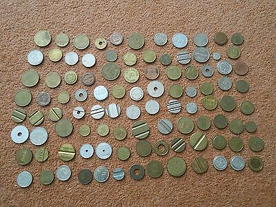 100 tokens / machine tokens / coins / jetons. British & European Nice mixture A.