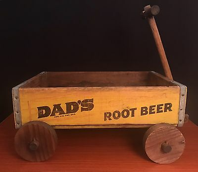VINTAGE DAD'S OLD FASHION ROOT BEER WOODEN SODA CRATE WAGON SIGN 1950s