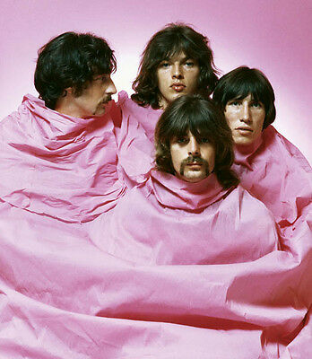 Pink Floyd UNSIGNED photo - H1976 - RARE!!!!
