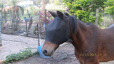 NEW HORSES BLACK FLY MASKS HIGH VISABILITY(Small)