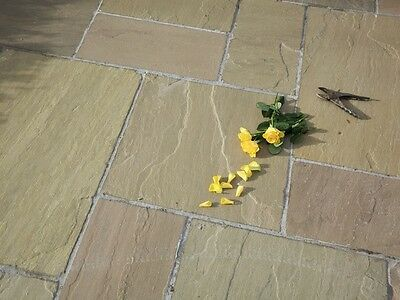 Raj Green Indian Sandstone Paving 18mm to 25mm  Patio Pack (20m2 Pack)