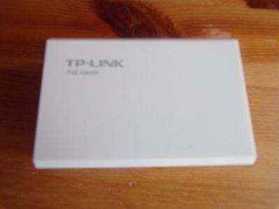 NEW TP-LINK TL-POE200 Power over Ethernet Adapter Kit-USED