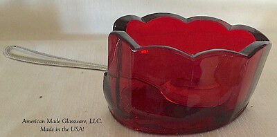 Red Glass Spoonrest - Scalloped Mule
