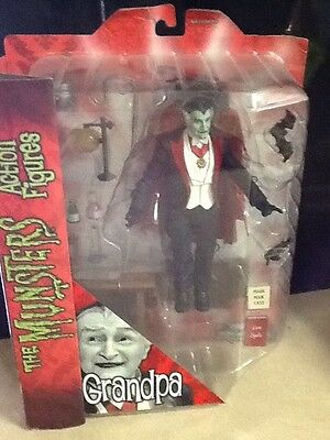 GRANDPA MUNSTER - The Munsters Action Figure - Diamond Select - SEALED