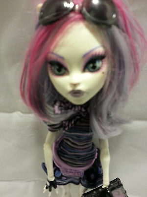 monster high catrine demew scaris city freights doll
