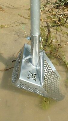 HEAVY DUTY  STAINLESS STEEL SAND SCOOP  200mm + handle  Metal detecting 8""