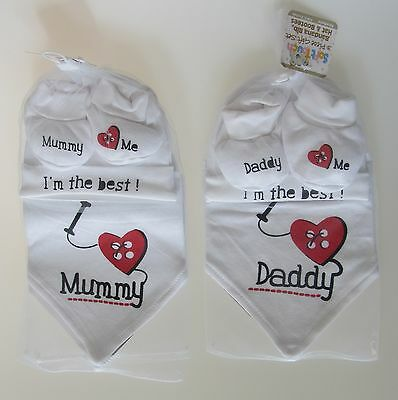 Newborn Baby Boy Girl Unisex I Love Mummy Daddy Bandana Bib Hat Bootees Set
