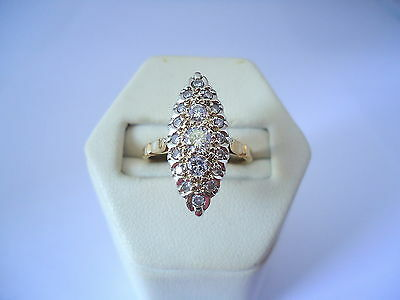 BELLE BAGUE MARQUISE EN OR 18K, DIAMANTS, or 18 carats.
