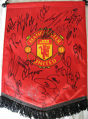 Manchester United Football Club signed pennant, autographs, genuine, proof