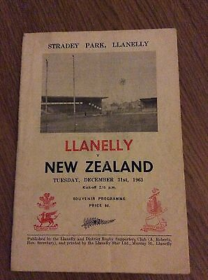 RARE NEW ZEALAND v LANELLY (LANELLI) 1963 RUGBY PROGRAMME