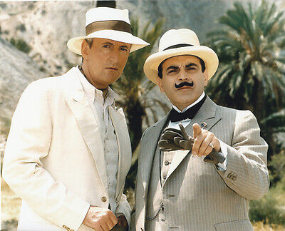 David Suchet and Hugh Fraser UNSIGNED photo - H2225 - Poirot