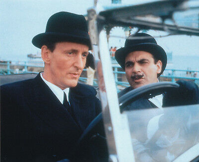David Suchet and Hugh Fraser UNSIGNED photo - H2226 - Poirot