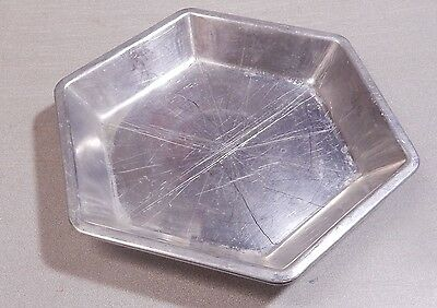 2 Vintage Hexagon Aluminum Pie Plate Tin 6-Sided Pan Even Slices 9 x 1 1/4""