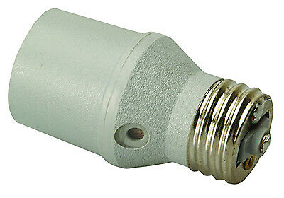 COLEMAN CABLE INC Light Control Socket With Photocell Sensor, Outdoor