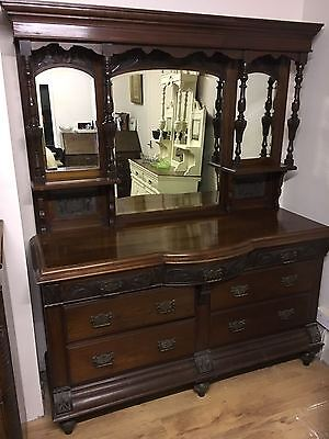 Edwardian mirror-backed walnut sideboard, with drawers, in beautiful condition
