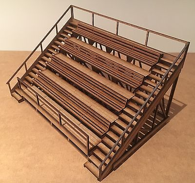 1/32 Scale Spectator Stand  Scalextric Or Magnetic Racing