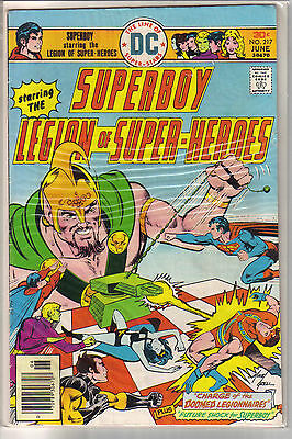 Superboy Legion of Super-Heroes #217 - Mike Grell - Fine