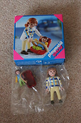 Playmobil Special 4668 Mother and Baby