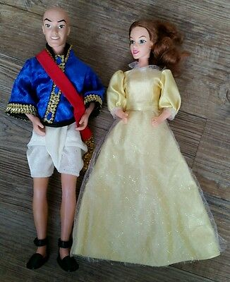 The King and I Doll set by Playmates 1999 Lot 2 Barbie Dolls Anna & King of Siam