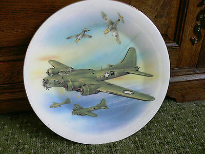 """Commemorative Plate """"B 17 Flying Fortress"""", 26 cm diameter, by M.D. Hague"""