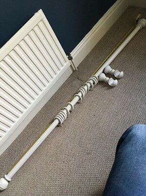 Laura Ashley White Distressed Wooden Curtain pole with Finials, Rings, Fittings