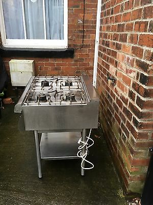 Bonnet Commercial 4 Ring Gas Cooker