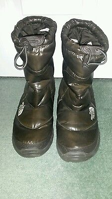 Ladies The North Face Snow Boots Size 7 Excellent Condition
