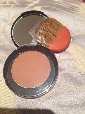 ESTEE LAUDER BRONZE GODDESS POWDER BRONZER (02)  MEDIUM 5.4g  - NEW WITH BRUSH